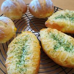 コーンパンはマヨとチーズがたまりません^^