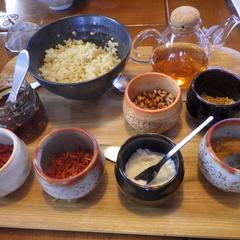 酸辣湯のトッピングは体質に合わせて8種類