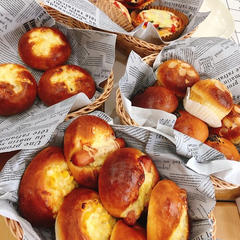 冷蔵発酵のイーストパン。ふんわり食感の大好評メニュー。