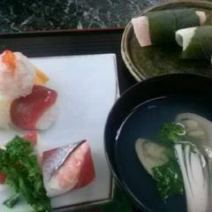 桃の節句次回3月3日 蛤潮じ仕立 道明寺桜餅 手毬たずな寿司