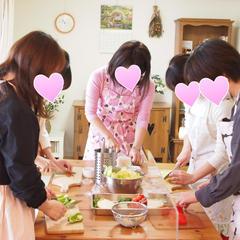 レシピ説明の後、手洗い&除菌&マスク着用で実習を行います♪