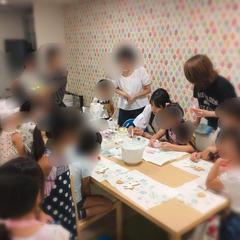 アイシングクッキーの親子イベントなども開催しています。