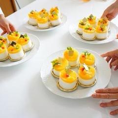 爽やかなオレンジムースケーキが完成です。
