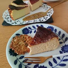 バスクチーズケーキ。オンラインあり