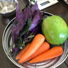 沖縄ならではの食材もご紹介していきます!