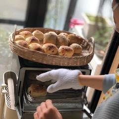 成型1分トースターで10分で焼き立てパン