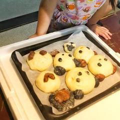 一次発酵した生地を使って動物パン作り 4歳から作れます