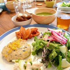 旬野菜たっぷり!パパママもうれしいランチタイムです。