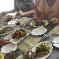 ヘルシークッキング・薬膳はデモ多めのレッスンと楽しいランチ