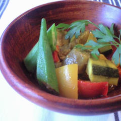 夏野菜のポリネシアンカレーマリネ