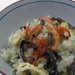 ゼンマイと海老の炊き込みご飯