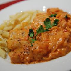 チキンのトマトマスカルポーネ煮
