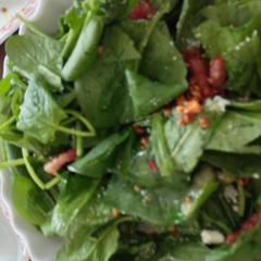 ほうれん草のペペロンチー風サラダ