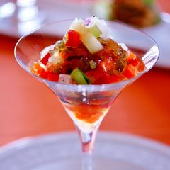 海草ジュレのグラスサラダ