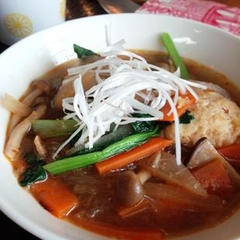 鶏団子のピリ辛スープ