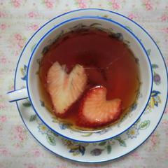 いちごとキウイのお茶