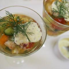グラスカップで作る彩りキューブ野菜と蟹のテリーヌ