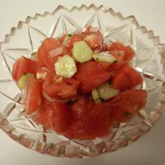 アチクチュチュク (ウズベキスタンのトマトサラ)