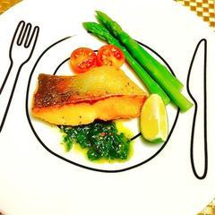 魚のソテー大葉ソース