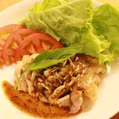 鶏もも肉のメープル味噌マスタードソース