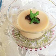 竜眼肉とプーアール茶のプリン