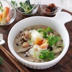 栄養満点◎雑穀米と塩麹のホットジンジャー雑炊