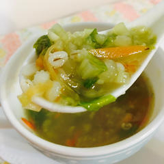 セロリの雑穀入りスープ