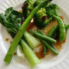 緑野菜のエスニック風