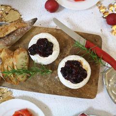 ベリーのせ焼きカマンベールチーズ