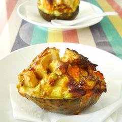 アボカドと秋野菜のカップグラタン