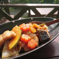 鮭と根菜のしょうがみりん甘酢あん