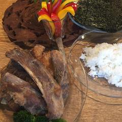 ハイライフポークスペアリブ甘酒焼で豪快手巻き寿司