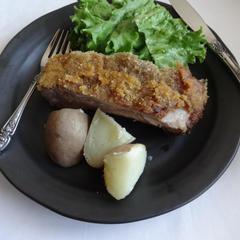 ハイライフポーク・スペアリブのパン粉焼き