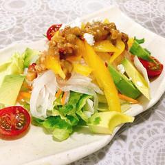 アボカドと夏野菜のサラダ