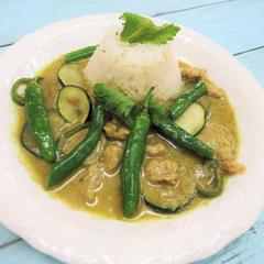 グリーンカレー タイ料理~ coconut