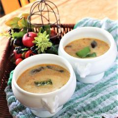 鶏のココナッツミルクスープ
