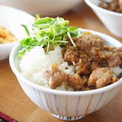 ご飯が進む💕台湾グルメ「ルーロー飯」