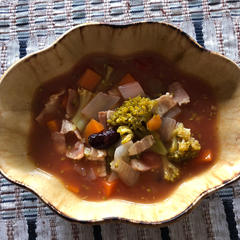 8種類の具だくさんスープ