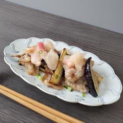【季節】豚バラ茄子炒め桃色ガリ添え