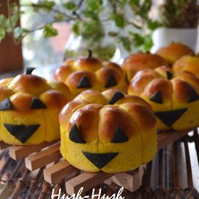 ♪ハロウィンかぼちゃレシピ★ジャックオーランタンのパン★♪