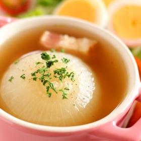 春のごちそうスープ♪丸ごとオニオンスープ