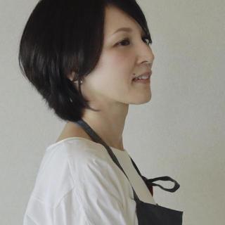 石濱 裕子