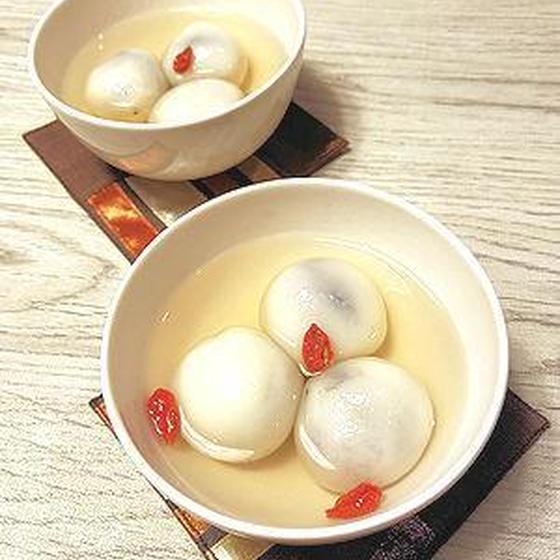 黒ゴマ団子の生姜湯