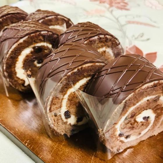 バタークリームのロールケーキ (ランチは中止いたします)