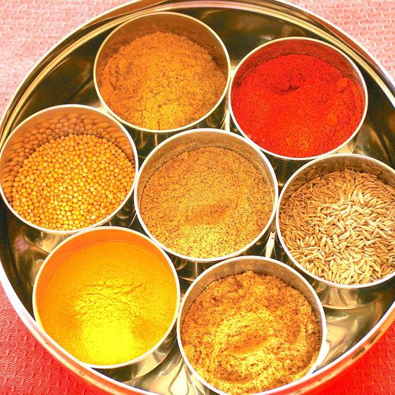スパイスは漢方薬! おうちで作れるスパイスカレー3種。