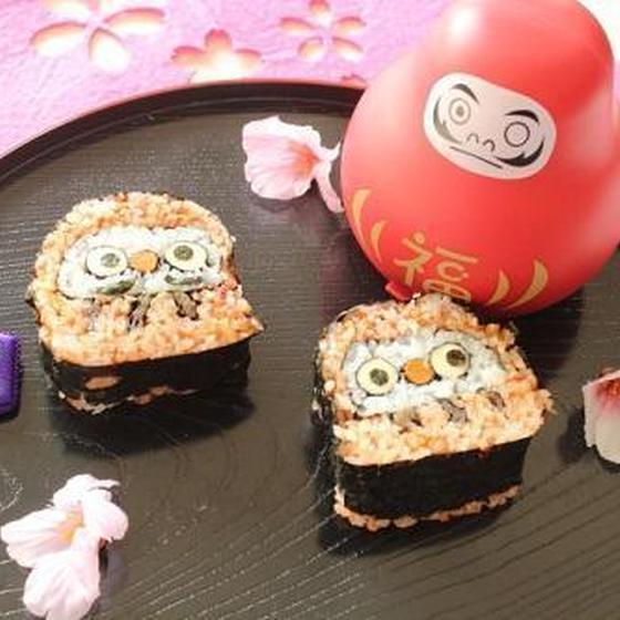 だるまさんのデコ巻き寿司