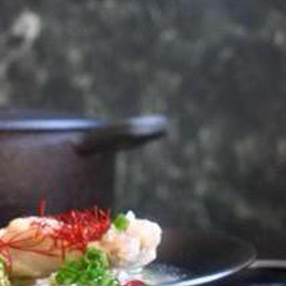 カラダの芯から温まる韓国の薬膳料理サムゲタン