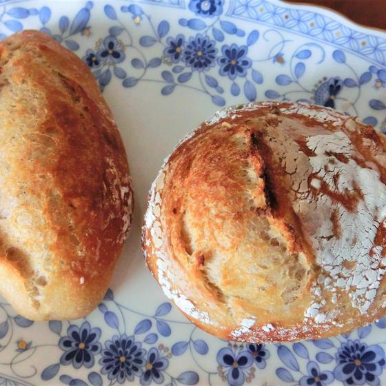 あこ酵母 ライ麦と全粒粉のパン(プレーン、ナッツ)