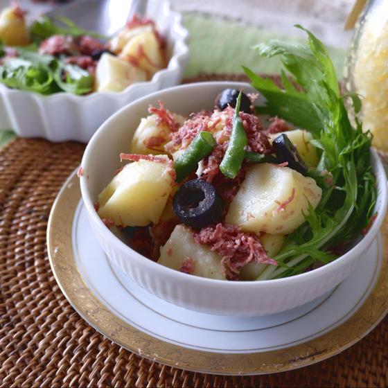 コンビーフとポテトのホットサラダ