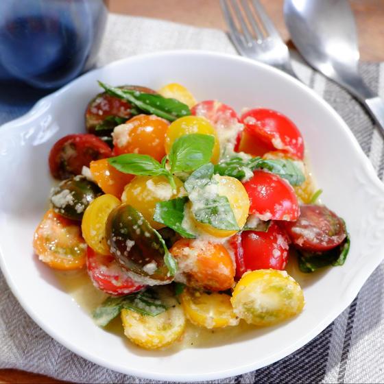 ミニトマトのサラダ 自家製玉ねぎドレッシング
